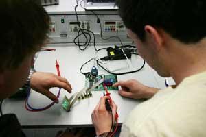 Certificazione delle competenze in meccatronica: la sperimentazione promossa dalla Camera di commercio